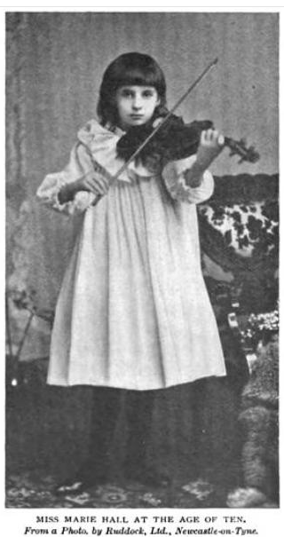 playing jewish a Girl in violin